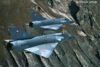 Rafale: Lancer un missile EM radar éteint. Merci Spectra