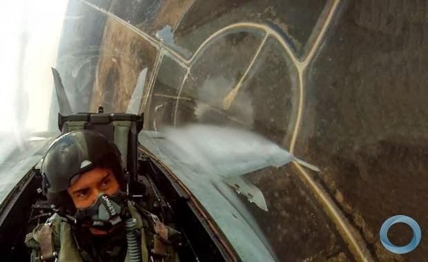 Vidéo: essais de l'A400 sur terrains non préparés.