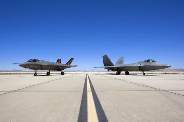 Programme F-35 : un avion dépendant du F-22, l'USAF au pied du mur.