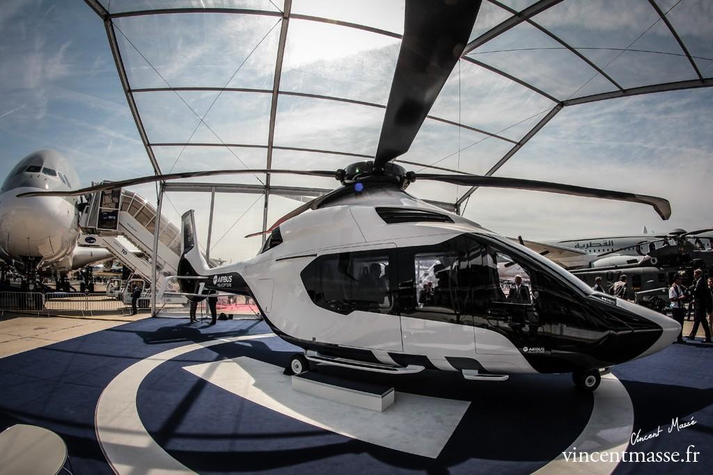 La maquette du H160 exposée au Salon du Bourget a servi de modèle pour l'usinage des prototypes.