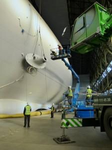 Montage des nacelles moteurs en Février 2016, Crédit : Goodyear