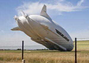 "Airlander 10 lors de son ""hard landing"""