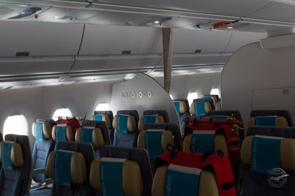 La première partie de cabine economu équipé de siéges fabriqués par B/E Aerospace