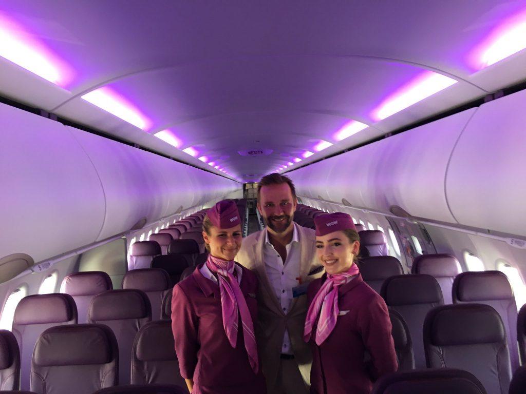 SIAE 2017 Le PDG de WOW dans l'A321neo