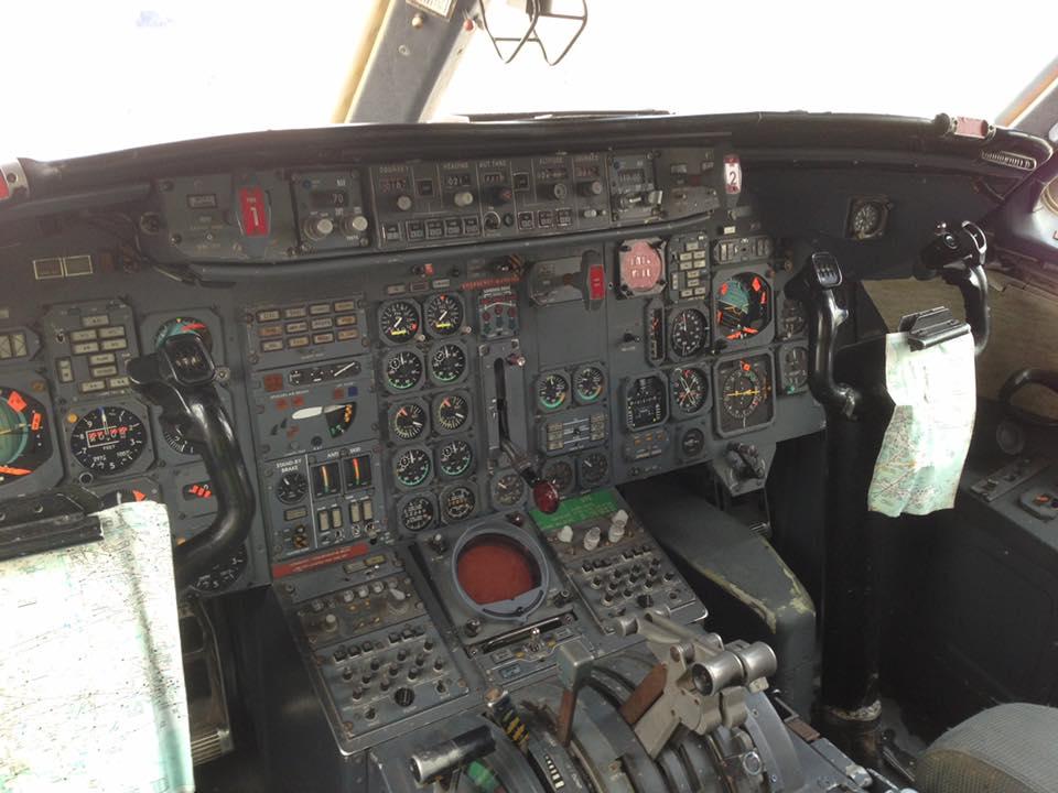 Le Mercure (1971). L'aviation commerciale jouit d'innovations majeures. ILS, radar météo, centrales inertielles... Autant de systèmes qui complexifient énormément le cockpit