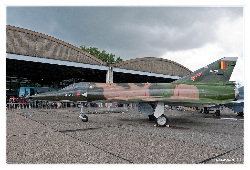 Mirage 5 BA belge. La Belgique commanda 106 appareils en version chasse et bombardement (BA), reconnaissance (BR) et entrainement et appui-tactique (BD) en remplacement des F-84F et RF-84F. Photo Patrick Bertaux