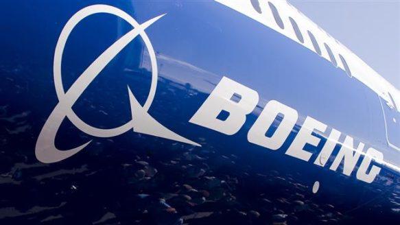 Boeing arrête temporairement la production du 787 Dreamliner