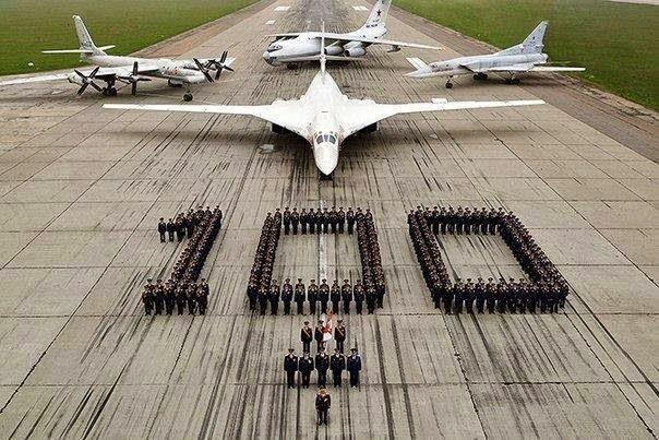 Livraison de six Tupolev Tu160 Blackjack à l'aviation russe en 2015